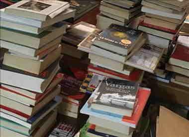 Sostegno alla spesa dei libri scolastici: si allarga la platea dei beneficiari e aumenta il contributo