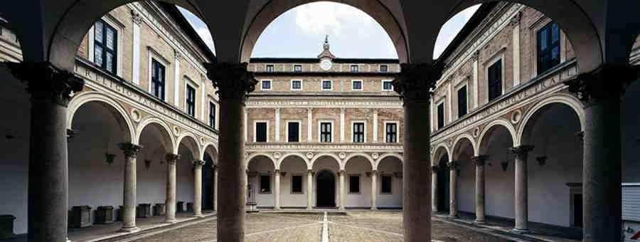Cortile interno di Palazzo Ducale di Urbino