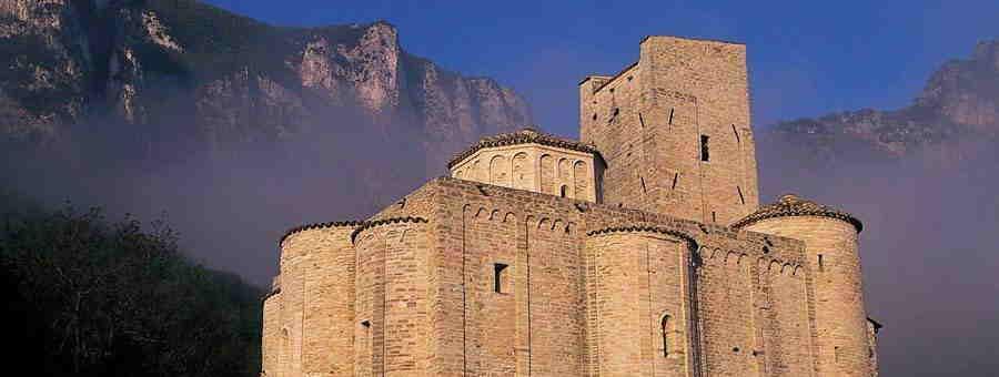 Abbazia di San Vittore alle Chiuse, Genga
