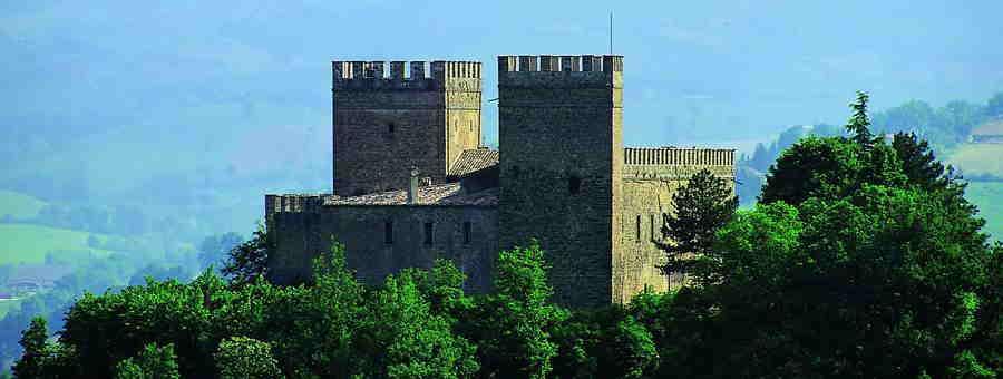 Rocca D'Ajello, Camerino